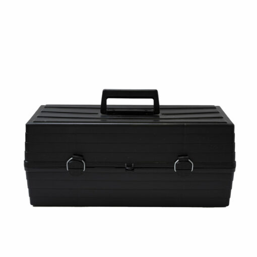 LU0000002_Toolbox with removeable tray_closed